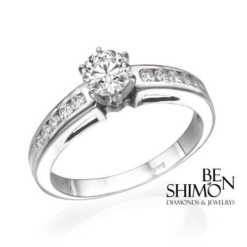 טבעת יהלום אירוסין- שחרות