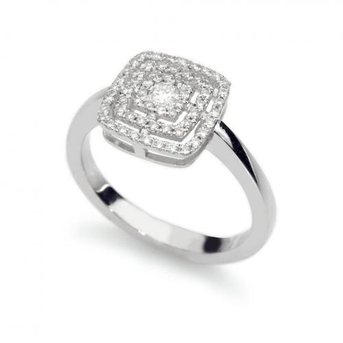 טבעת יהלום בעיצוב קושון